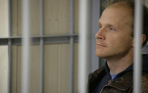 Защита фотографа Greenpeace Дениса Синякова просит возбудить уголовное дело по факту нарушения прав журналиста