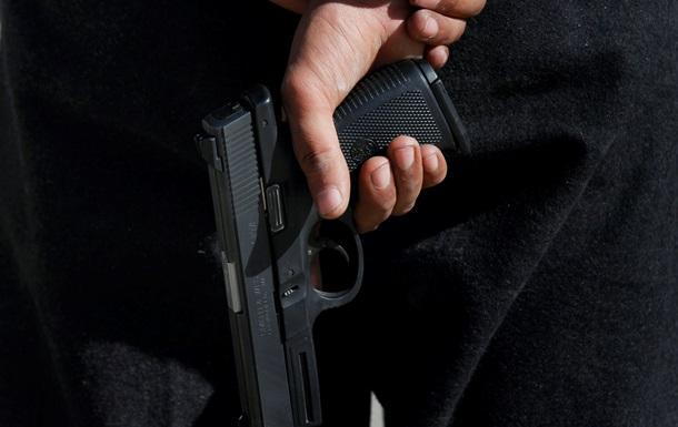 В США мужчина застрелил пятерых человек и покончил с собой