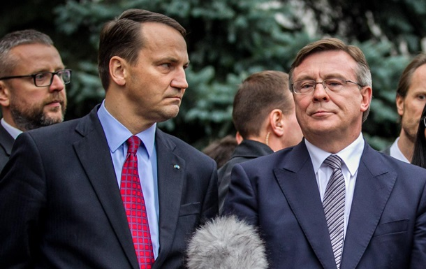 Глава МИД Польши не исключил, что подписание СА с Украиной могут перенести на 2014 год