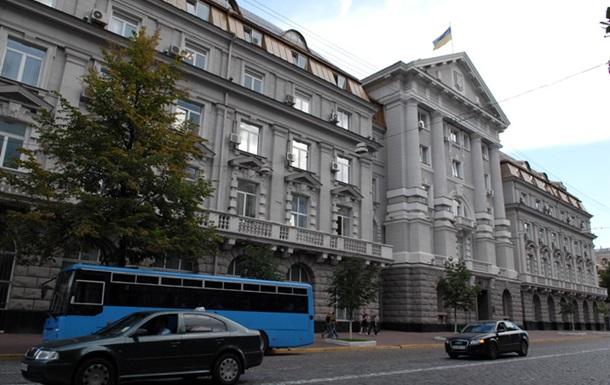 Издание попыталось выяснить, зачем Янукович сменил одного из руководителей СБУ