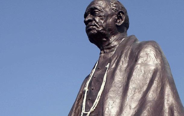 В Индии началось возведение самой высокой статуи в мире