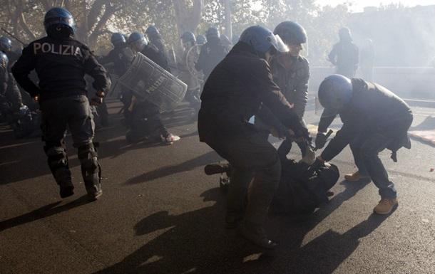 В результате беспорядков в Риме пострадали 16 человек
