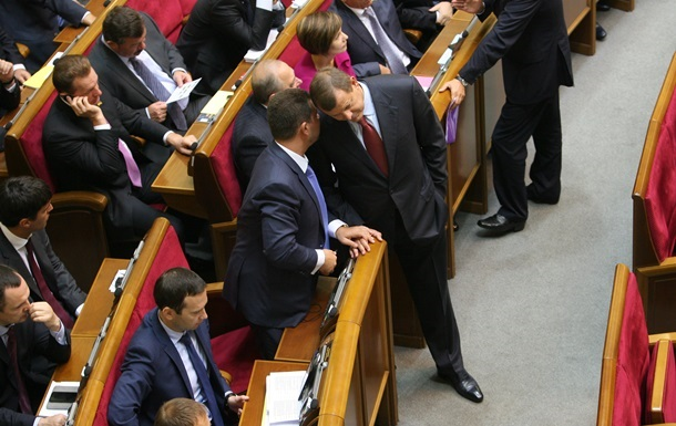 Представители Партии регионов и оппозиции внесли совместный антикоррупционный законопроект
