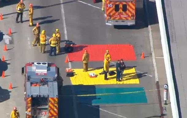 В результате стрельбы в аэропорту Лос-Анджелеса несколько сотрудников ранены, один убит