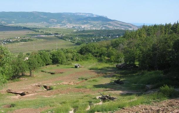 В Севастополе более суток ищут заблудившегося в лесу мужчину