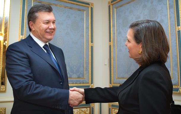 Переговоры Януковича и замгоссекретаря США длились на два часа дольше, чем планировалось