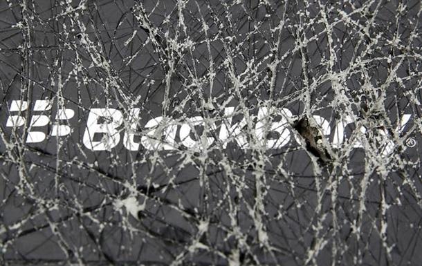 Спасение утопающего: BlackBerry внезапно отказалась от продажи,  увольняет CEO
