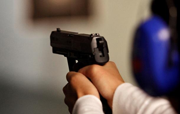 Новости Киева - суицид - попытка - оружие - В киевском оружейном магазине пытался застрелиться клиент