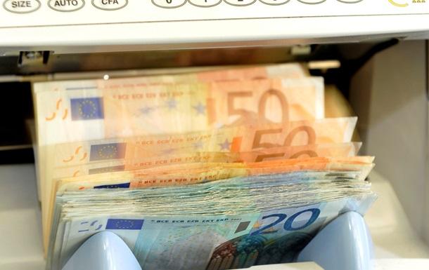Латвия решила не тратить более четверти миллиона евро на  рекламу  единой валюты ЕС
