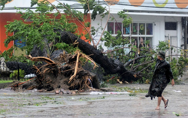 Супертайфун Хайян: из-за приближения стихии в Китае объявлен желтый уровень опасности