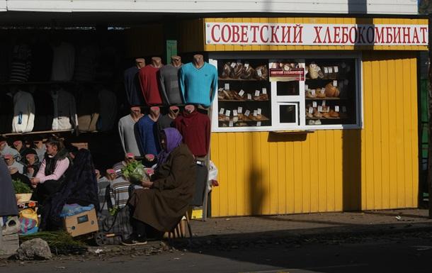 Донбасс своих не бросает. Переориентация Януковича на ЕС не поколебала его поддержку со стороны земляков