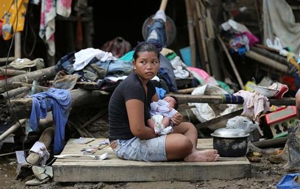 На Филиппинах жертвами тайфуна стали около 100 человек, подтверждают военные