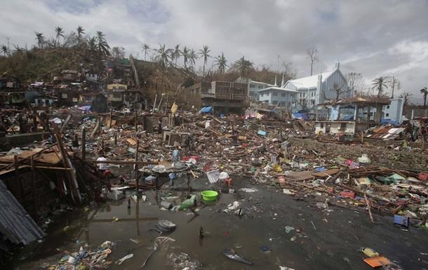ООН просит сотни миллионов долларов для помощи Филиппинам