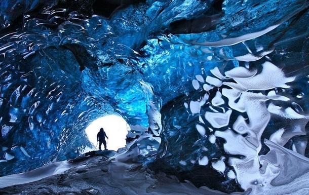 Холодная красота. Топ-10 самых завораживающих ледовых пещер в мире
