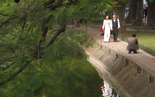 Вьетнамские власти вводят штрафы за супружеские измены
