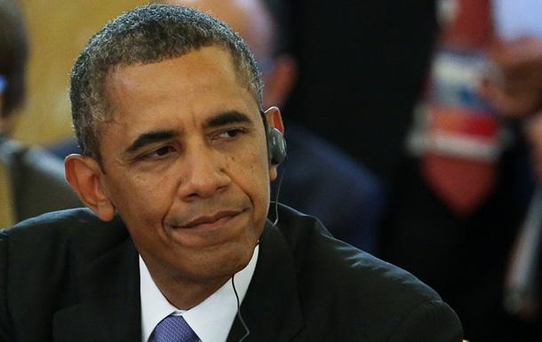Двое охранников Обамы отстранены от работы