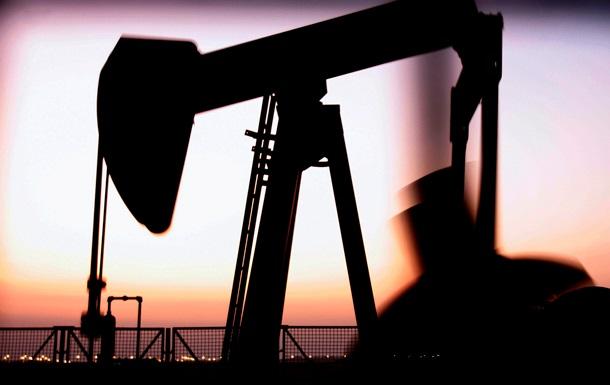 В октябре добыча нефти в США превысила импорт впервые почти за 20 лет