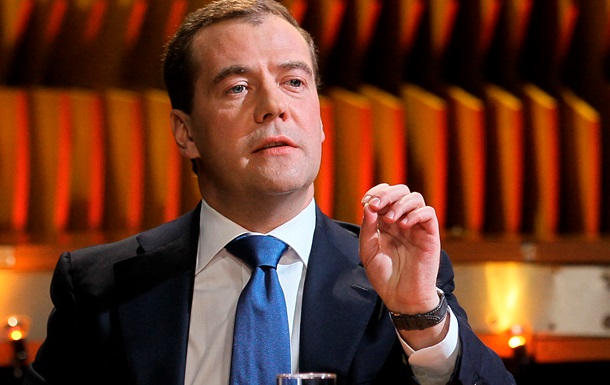 Катастрофические  волнения Газпрома вынудили Медведева позвонить Азарову