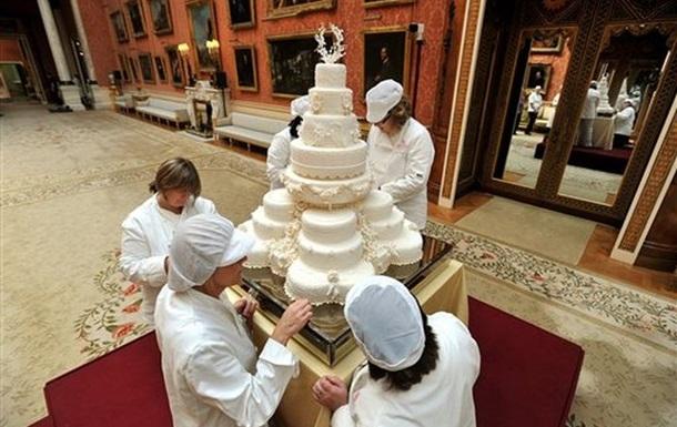 В США с молотка ушел кусок торта со свадьбы принца Уильяма и Кейт Миддлтон