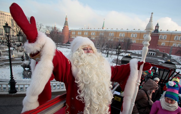 Сегодня отмечает день рождения Дед Мороз