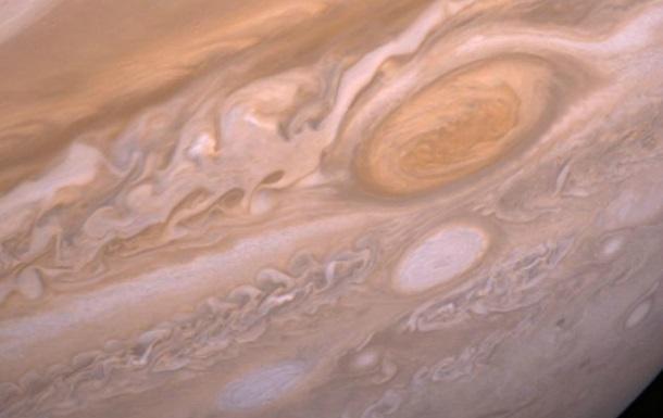 Ученые приблизились к разгадке тайны Красного пятна на Юпитере