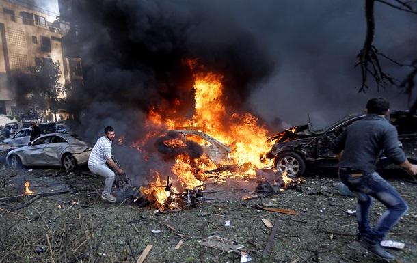 Двойной взрыв прогремел у дипмиссии Ирана в Бейруте, десять погибших