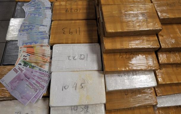 Полиция Испании раскрыла сеть наркоторговцев, конфисковав 10 млн евро и более 450 кг кокаина