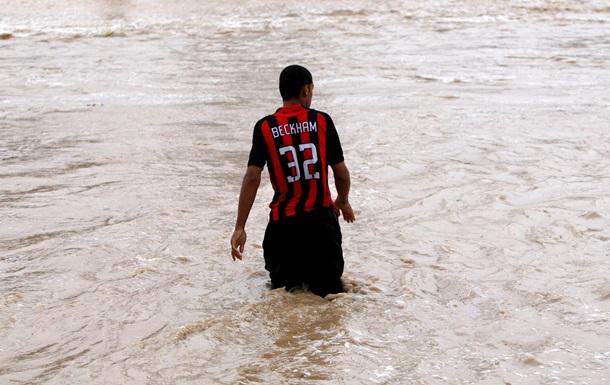 В результате наводнений в Саудовской Аравии погибли не менее четырех человек