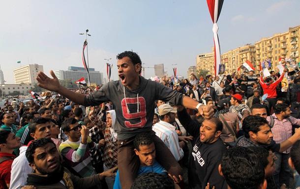 Египет отметил вторую годовщину трагедии на площади Тахрир новыми протестами, есть жертвы