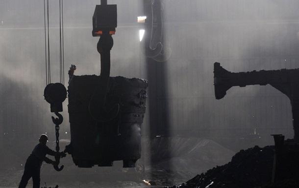 Теряющая прибыль металлургическая империя Ахметова привлекла кредит почти на треть миллиарда долларов