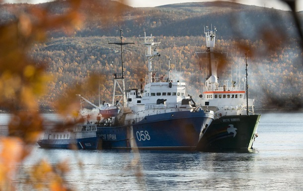 Мурманский суд отказался снять арест с судна Arctic Sunrise