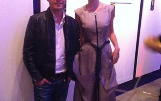 Сергей Осипенко посетил благотворительную выставку Алены Виницкой