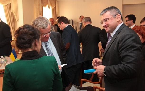 Французи моніторять ситуацію напередодні підписання Угоди про Асоціацію