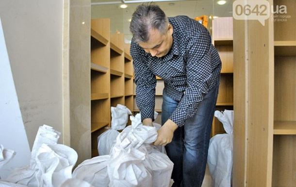 У Луганську закрили єдину на сході країни українську книгарню