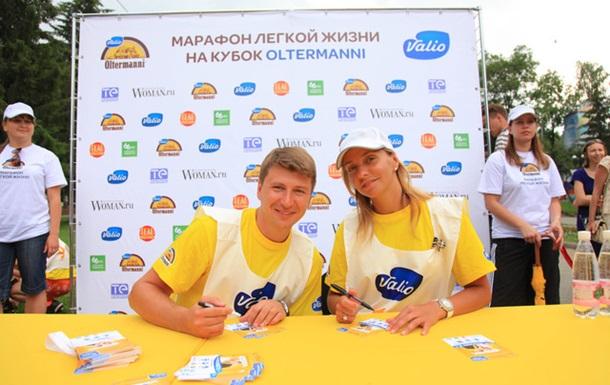 Марафон легкой жизни Oltermanni: в России мужчины носили женщин на руках