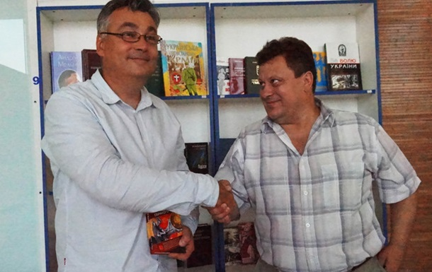 29 червня в книгарні-кав ярні «Східна брама» відбулась зустріч з письменником Па