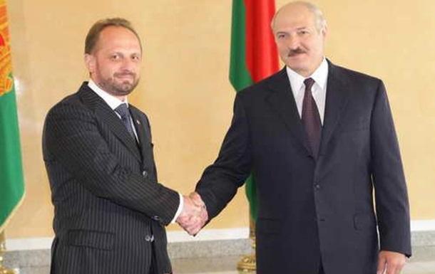 Безсмертный забыл, как лично ручкался с Лукашенко?