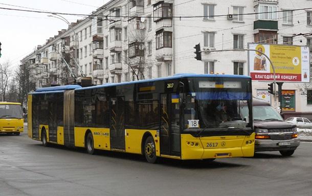 Київ – літо і скотовози