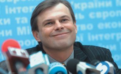 Сергей Терехин: В начале 2013 года в Украине за доллар будут давать 10 гривен