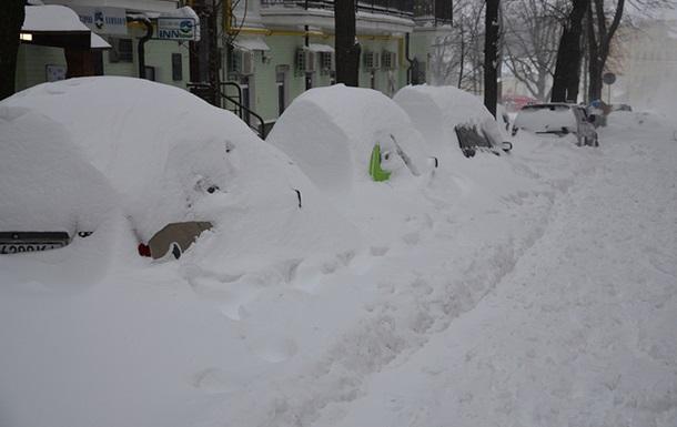 По сценарию «Послезавтра». Киев парализован снегом