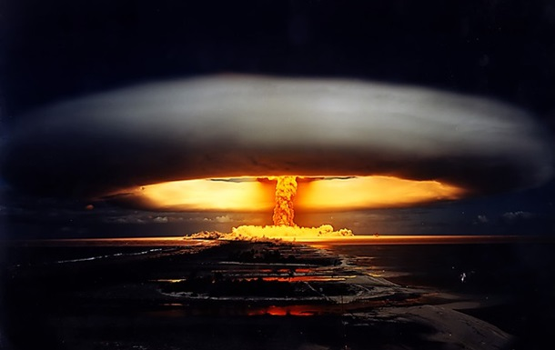 Человечество и ядерное оружие