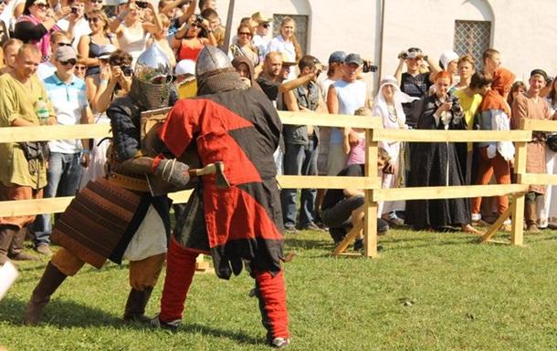 Меджибіж: фортеця та лицарі ФОТО та ВІДЕО