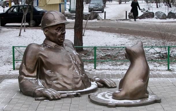 Равнение на Комсомольск?!