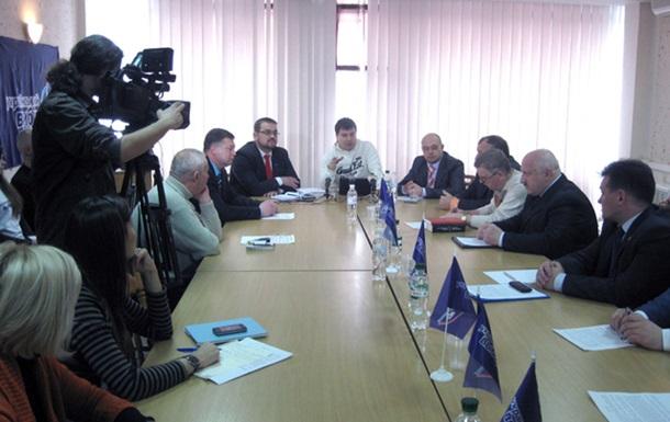 Проект «Украинская Федерация»: круглые столы прошли в Симферополе и Виннице