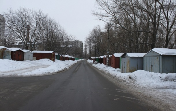 В Києві нелегальні гаражі розростаються як МАФи