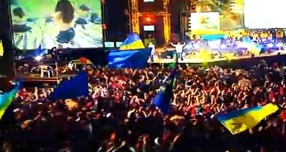 куда из эфира исчезли песни на украинском языке?