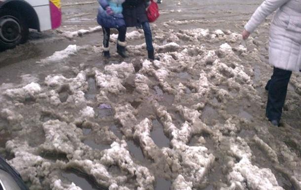 Вимагаємо відставки віце-прем'єра Вілкула та голови КМДА Попова через сніг
