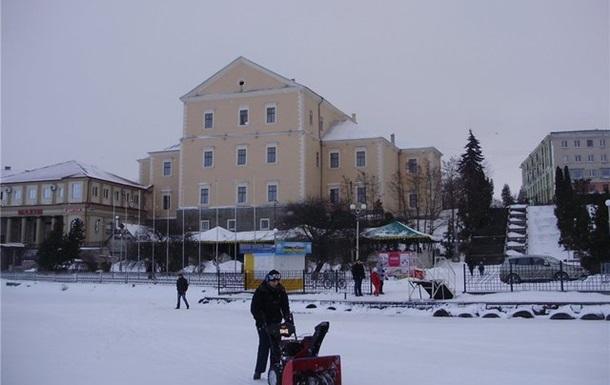 Національний рекорд  Найбільша ковзанка  можуть зафіксувати в Тернополі