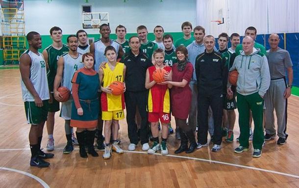Юні баскетболісти Нікіта та Денис були на майстер-класі та тренуванні БК  Київ !