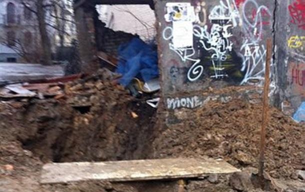 Під час реконструкції Андріївського узвозу була знищена будівля (Фото)